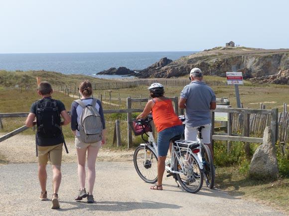 Sur le « Grand site » des dunes sauvages de Gâvres-Quiberon, on favorise la découverte à pied et en vélo
